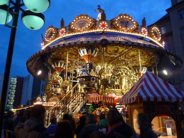 carousel-230816_1280